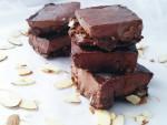 Chocolate-raspberry fudge bars