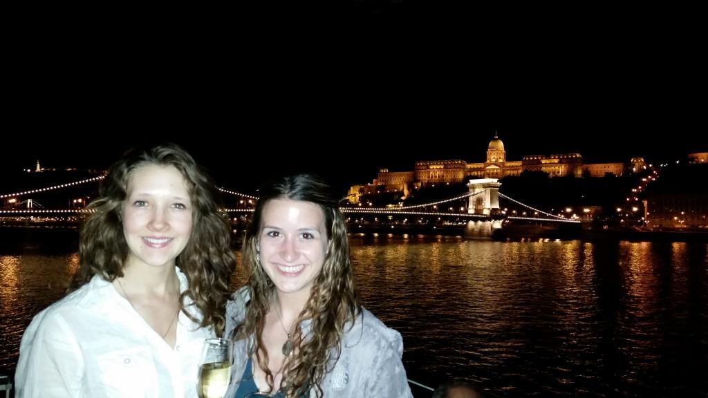 Budapest boat cruise