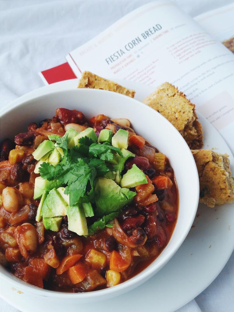vegan bean chili and cornbread