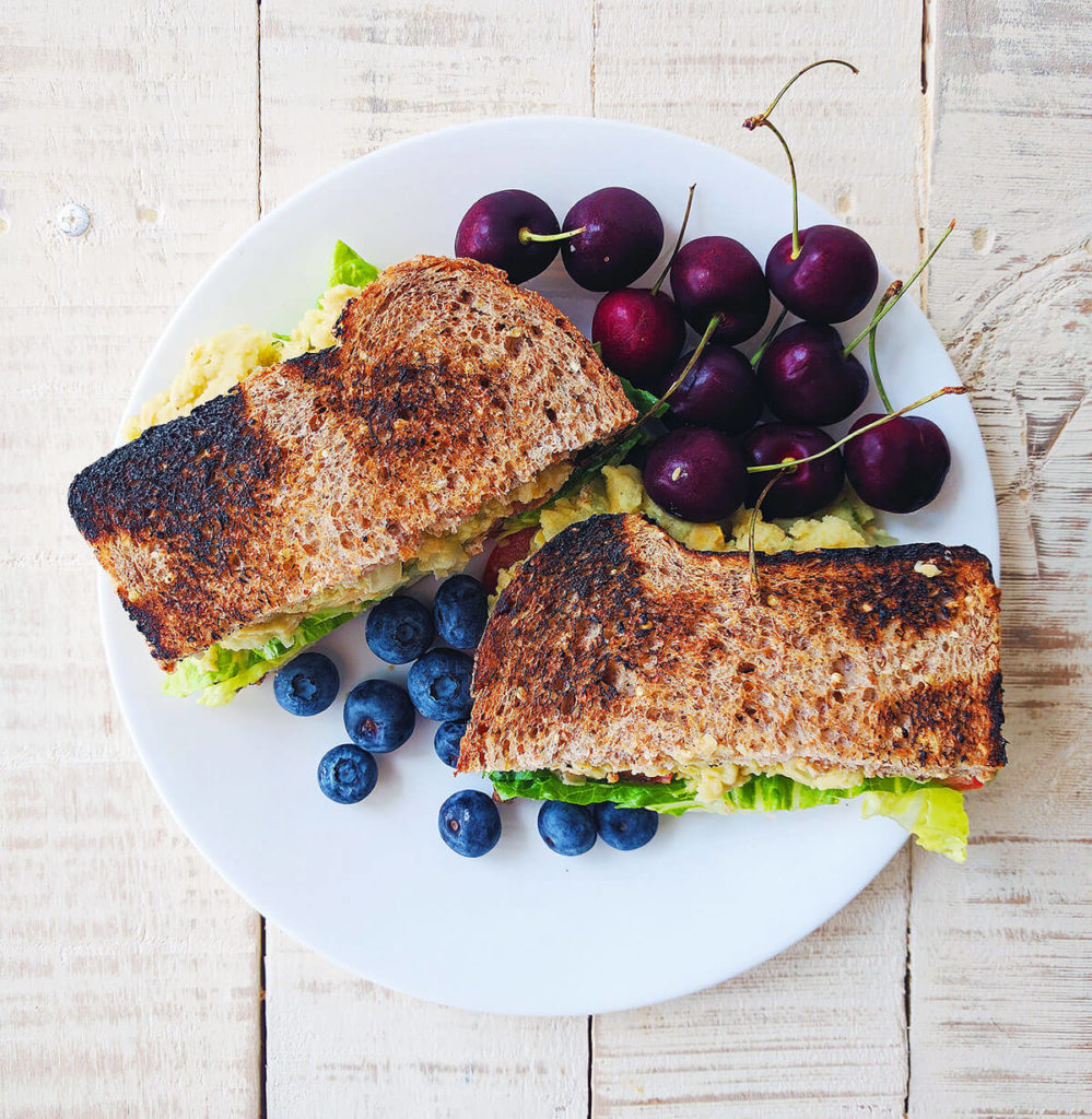 low fat chickpea salad sandwich healthy