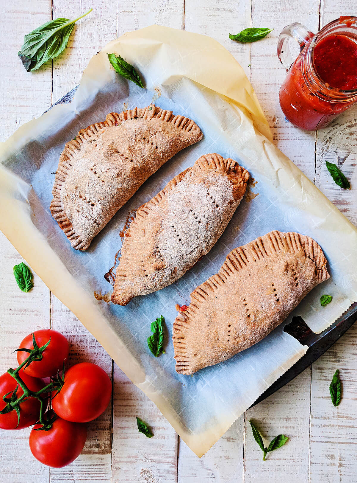 whole wheat veggie calzones | spartanlifeblog.com