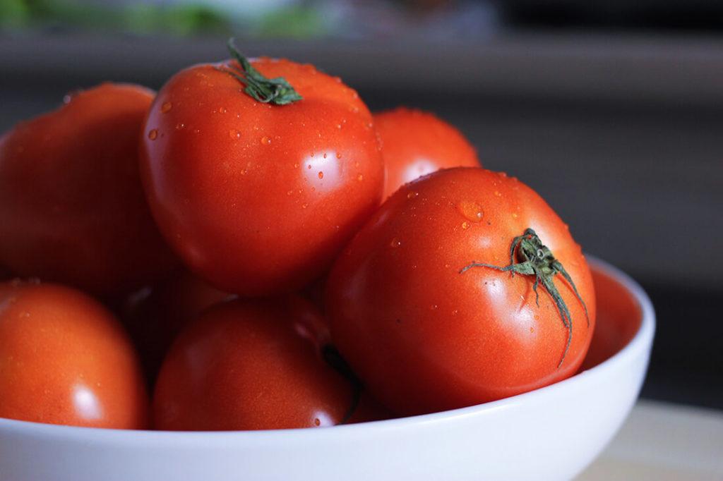Roasted tomato salsa | spartanlifeblog.com