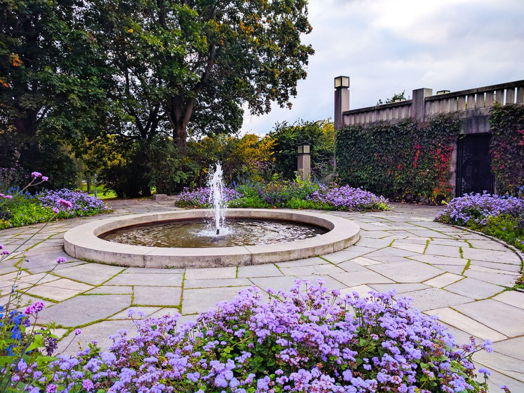 Vigeland park flower gardens