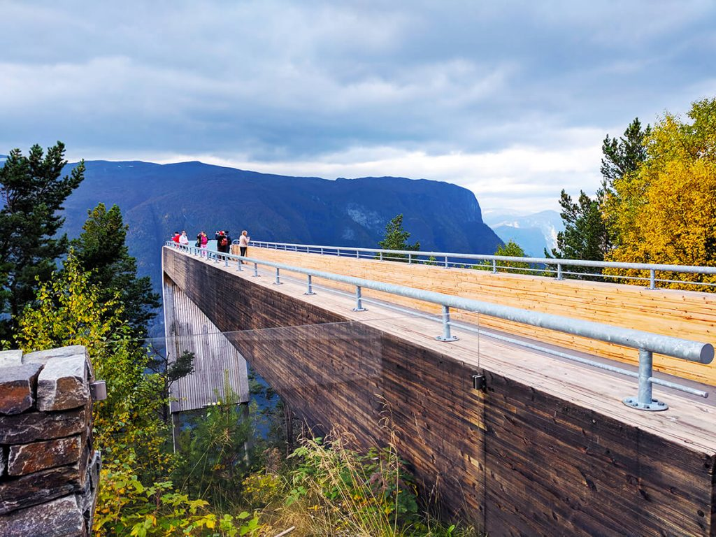 Fjords stegastein lookout