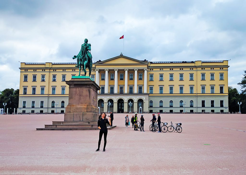 Oslo royal palace norway