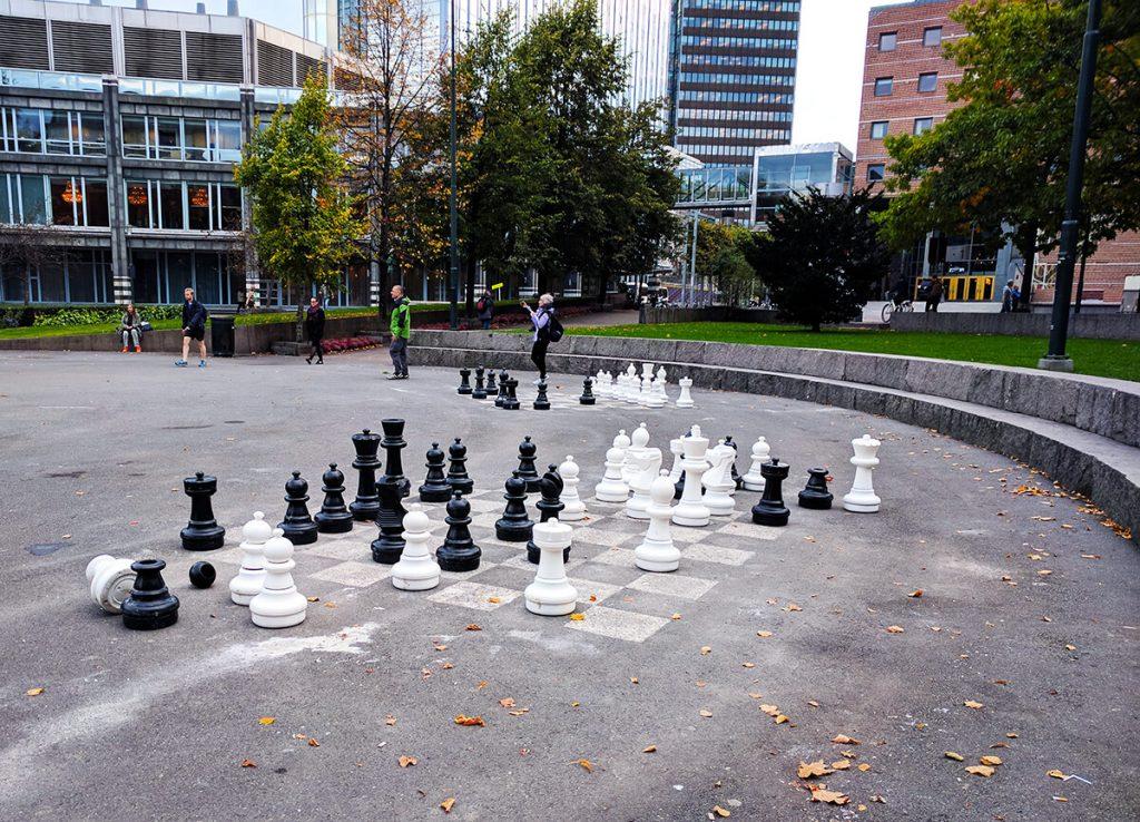 oslo giant chess