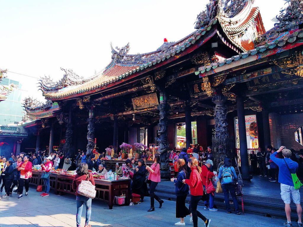 Lungshan Temple taipei taiwan