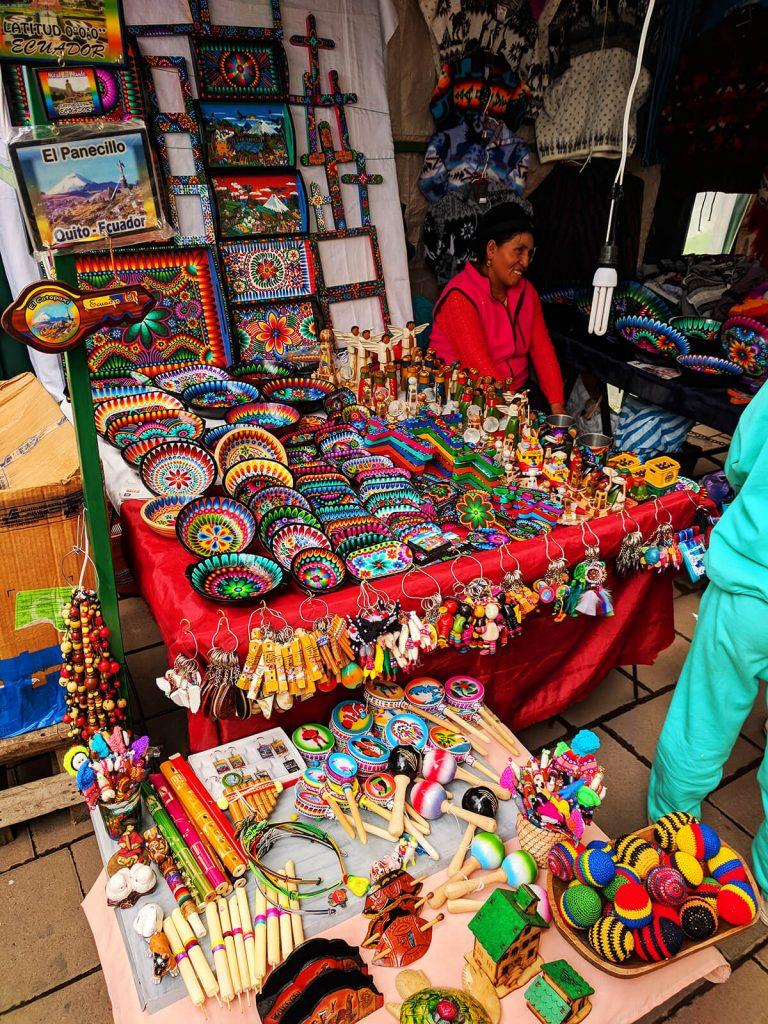 quito street merchandise