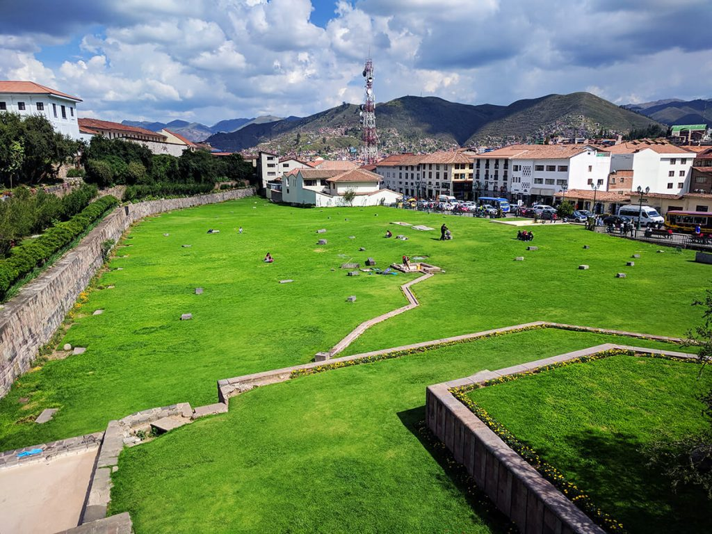 cusco castle gardens