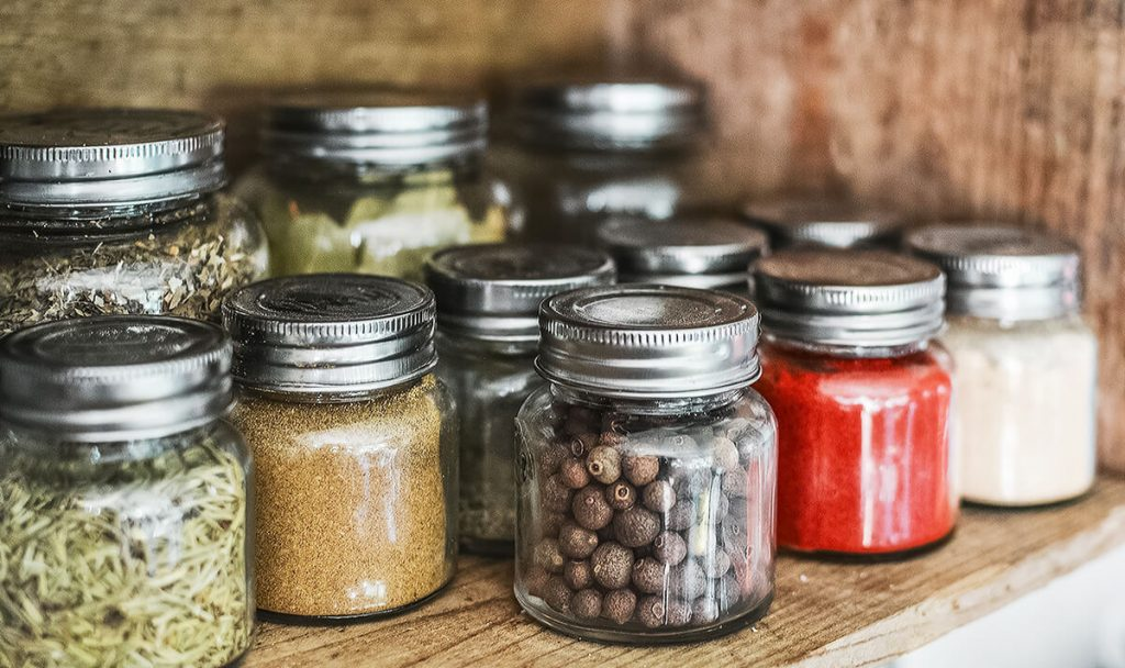 easy zero waste changes glass jars | spartanlifeblog.com