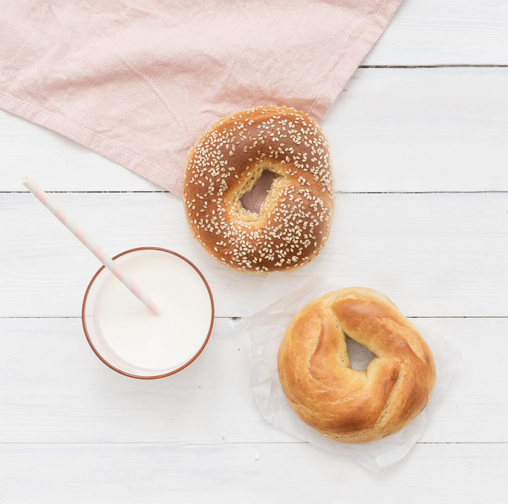 bagels with oat milk